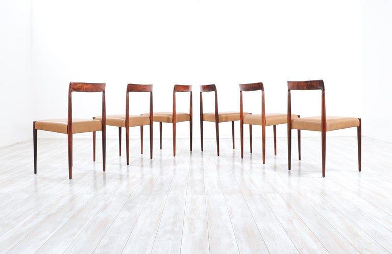 Mid-20th Century Set of 10 Mid-Century Modern Rosewood and Leather Dining Chairs by Lübke