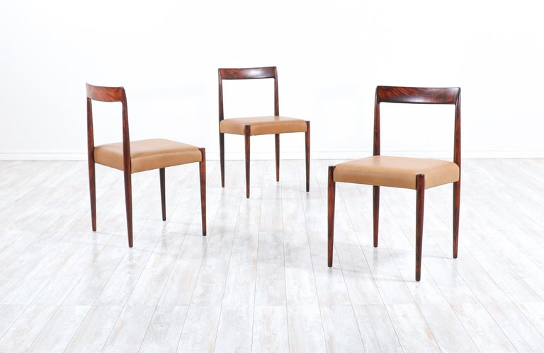 Set of 10 Mid-Century Modern Rosewood and Leather Dining Chairs by Lübke 1