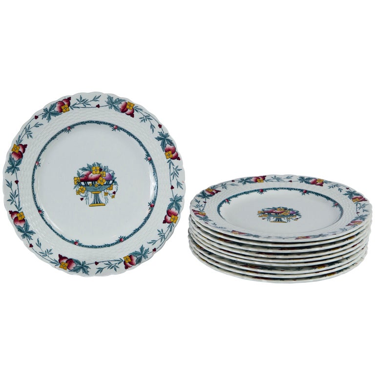 Set of 10 Minton's Stanhope Plates, England, circa 1900 For Sale