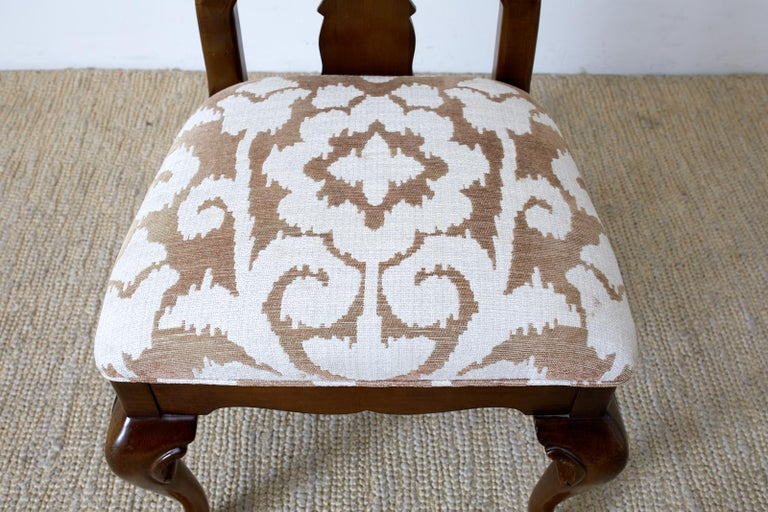 Set of Ten Queen Anne Style Mahogany Dining Chairs In Good Condition For Sale In Rio Vista, CA