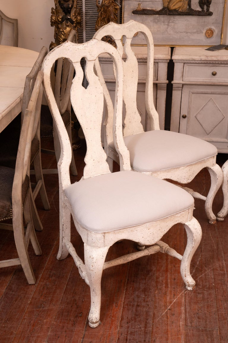 Gustavian Set of 12 19th Century Painted Dining Chairs For Sale