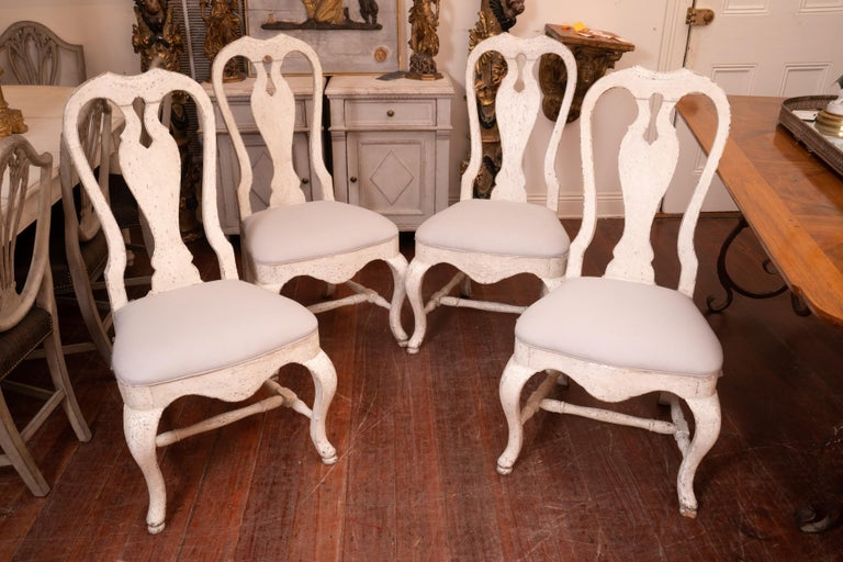 Set of 12 19th Century Painted Dining Chairs In Good Condition For Sale In New Orleans, LA