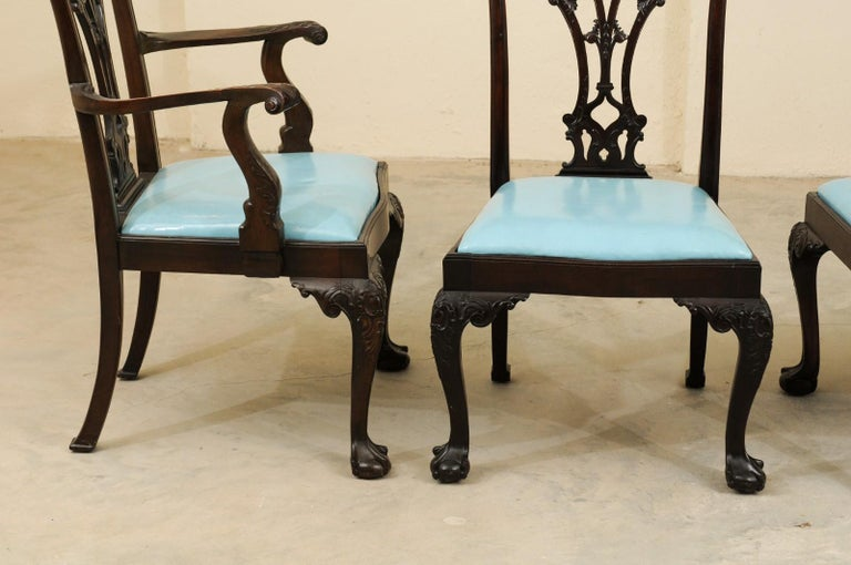 English Set of 12 Chippendale Style Mahogany Dining Chairs, England, circa 1890 For Sale