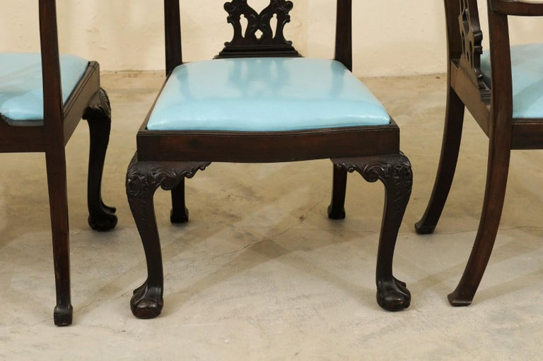 Set of 12 Chippendale Style Mahogany Dining Chairs, England, circa 1890 For Sale 2