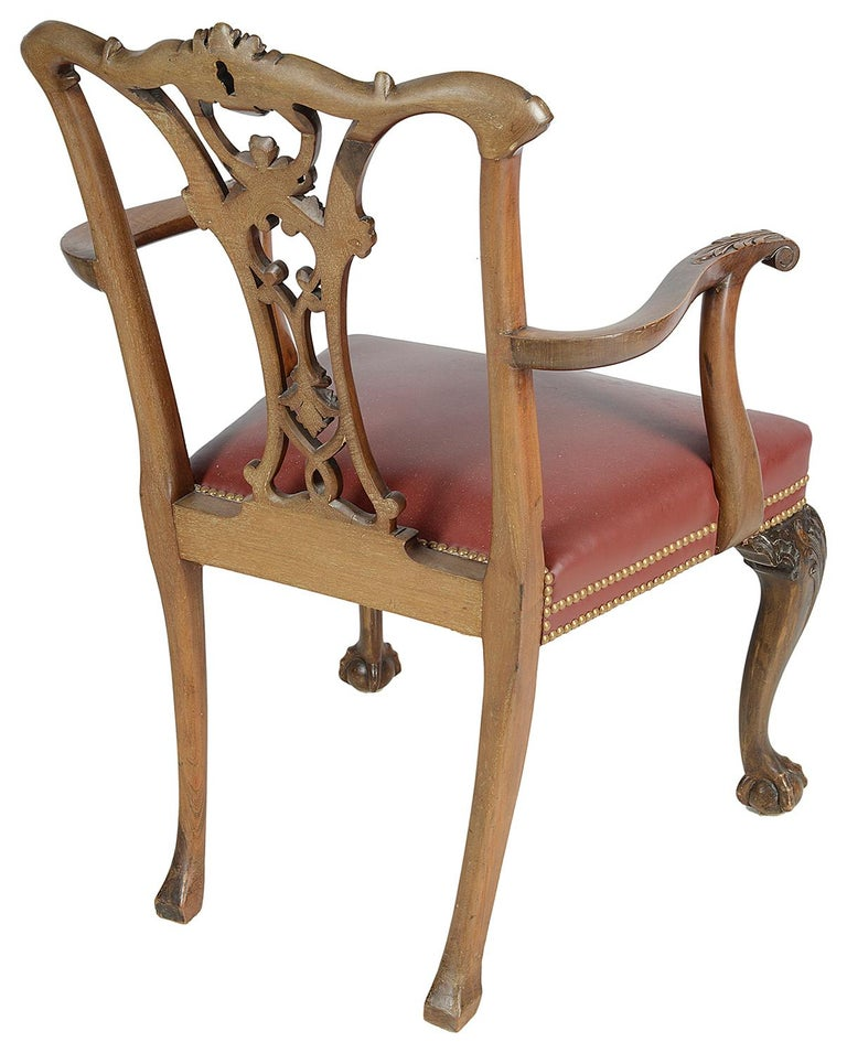 19th Century Set of 12 Chippendale Style Mahogany Dining Chairs For Sale