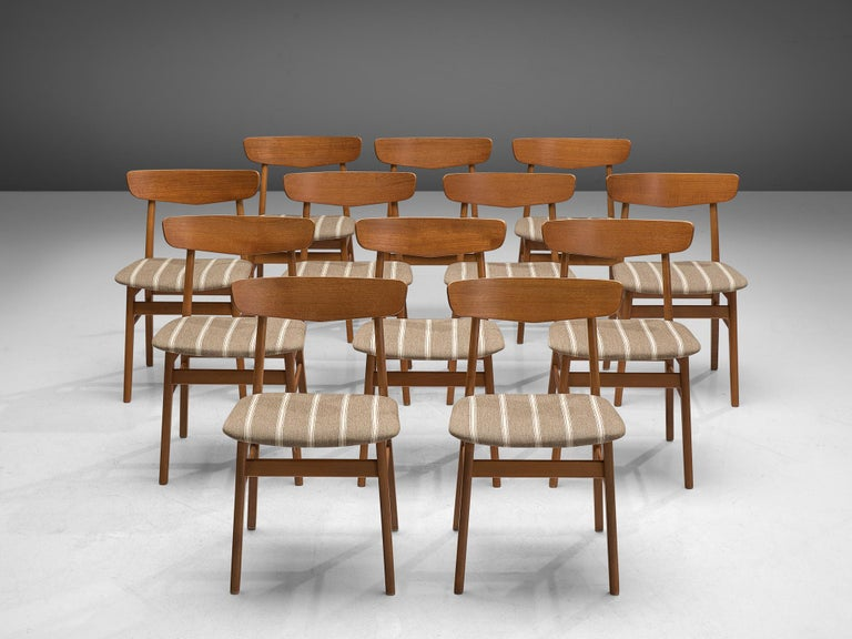 Mid-Century Modern Set of 12 Danish Dining Chairs in Teak For Sale