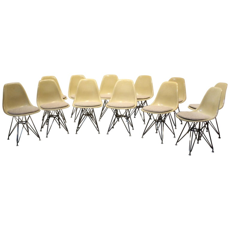 Set of 12 Eames for Herman Miller Fiberglass Side Chairs Eiffel Tower Base For Sale