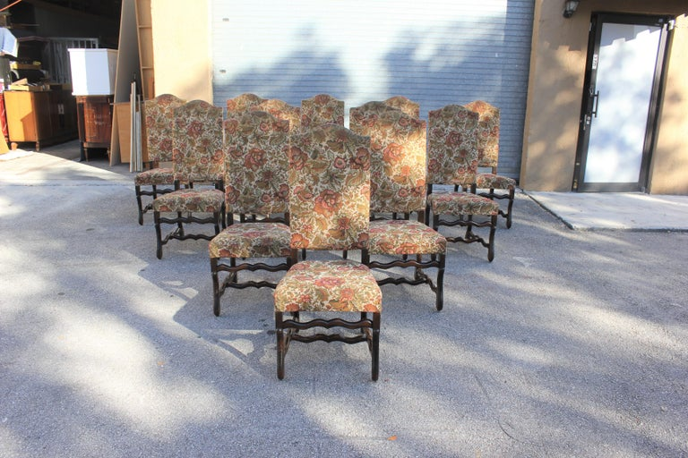Set of 12 French Louis XIII Style Os De Mouton Dining Chairs 1900 Th Century.  In Excellent Condition For Sale In Hialeah, FL