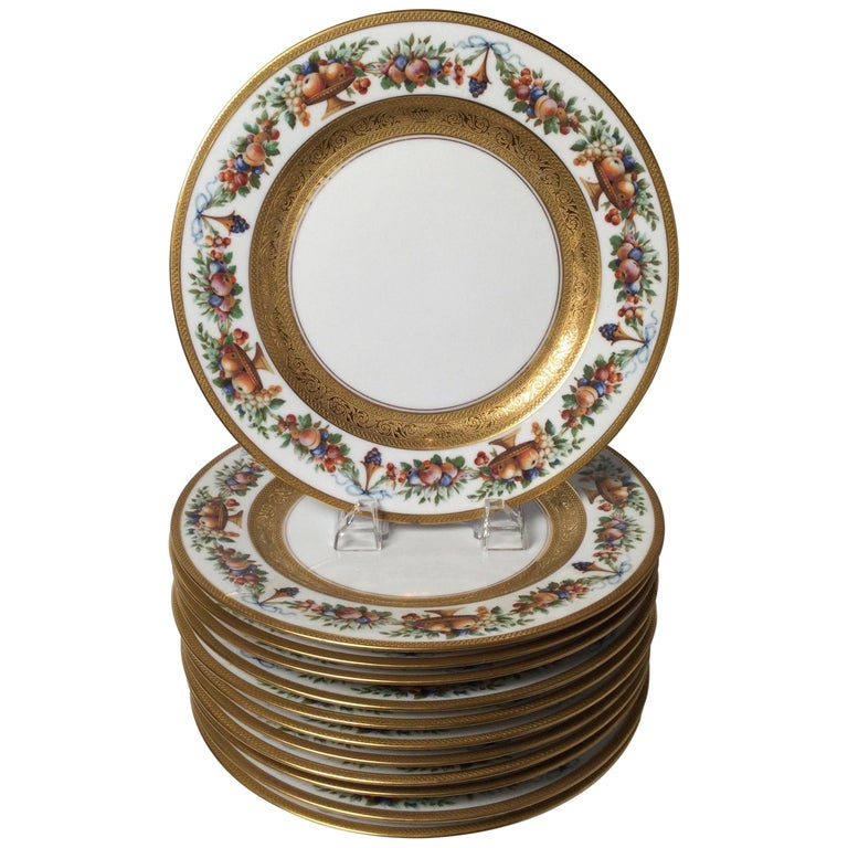 Set of 12 Gilt Banded Service Dinner Plates with Fruit Borders For Sale