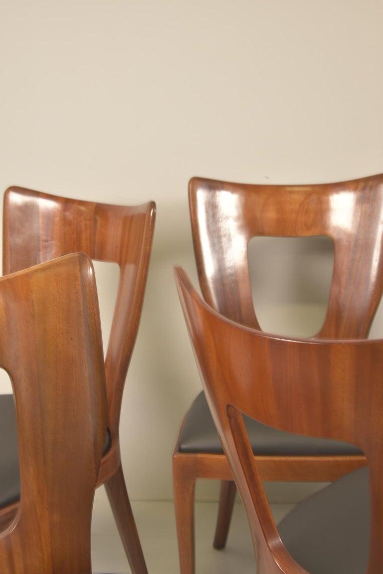 Set of 12 Italian Modern Mahogany Dining Chairs, Osvaldo Borsani For Sale 10