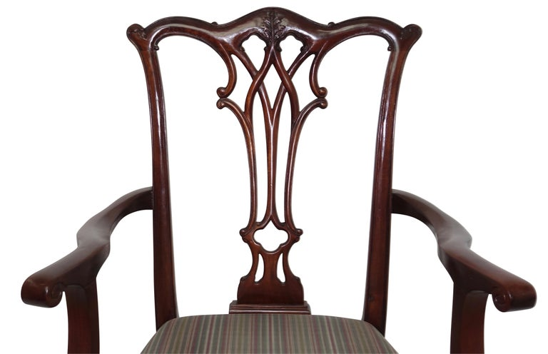 20th Century Set of 12 Mahogany Chippendale Style Dining Chairs For Sale