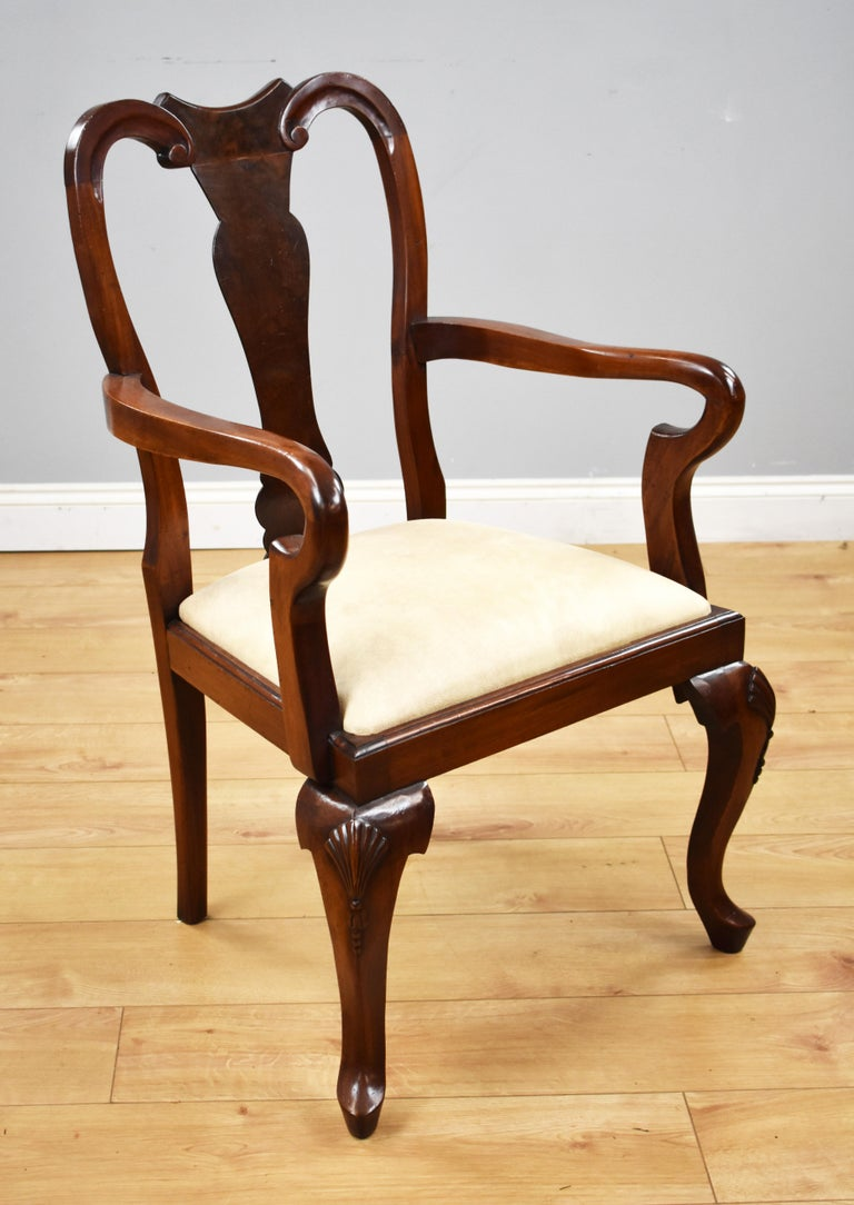 English Set of 12 Queen Anne Style Burr Walnut Dining Chairs For Sale
