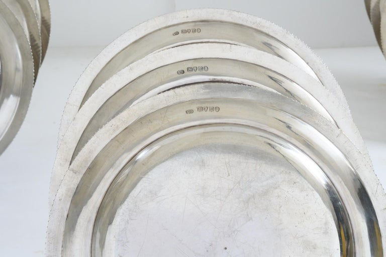 Set of 12 Silver Dinner Plates by Paul Storr For Sale 3