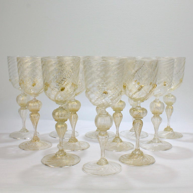 Mid-Century Modern Set of 12 Venetian / Murano Glass Large Water or Wine Goblets w Gold Inclusions For Sale