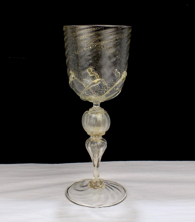 Set of 12 Venetian / Murano Glass Large Water or Wine Goblets w Gold Inclusions For Sale 1