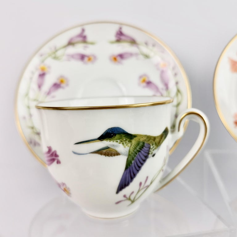 Set of 12 Vintage Bavaria Cups and Saucers, Hummingbirds of the World, 1979 For Sale 2