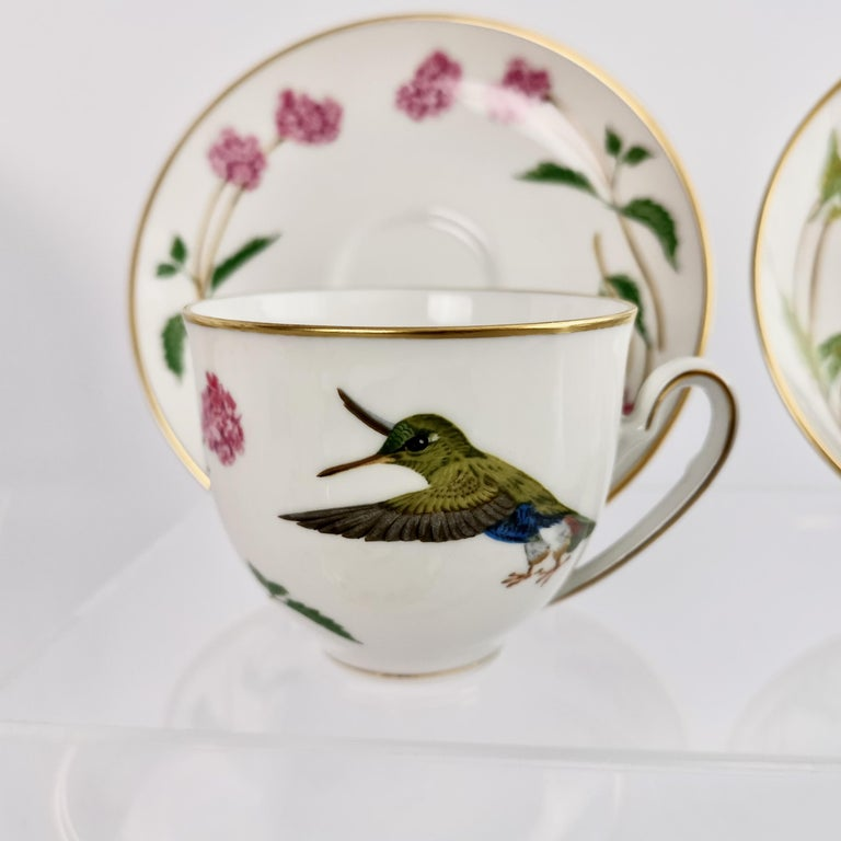 Set of 12 Vintage Bavaria Cups and Saucers, Hummingbirds of the World, 1979 For Sale 9