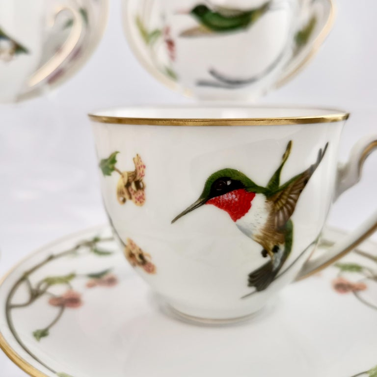 Set of 12 Vintage Bavaria Cups and Saucers, Hummingbirds of the World, 1979 For Sale 10
