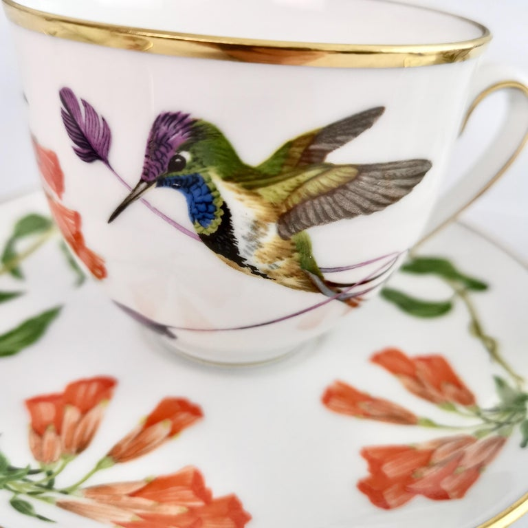 Set of 12 Vintage Bavaria Cups and Saucers, Hummingbirds of the World, 1979 In Excellent Condition For Sale In London, GB