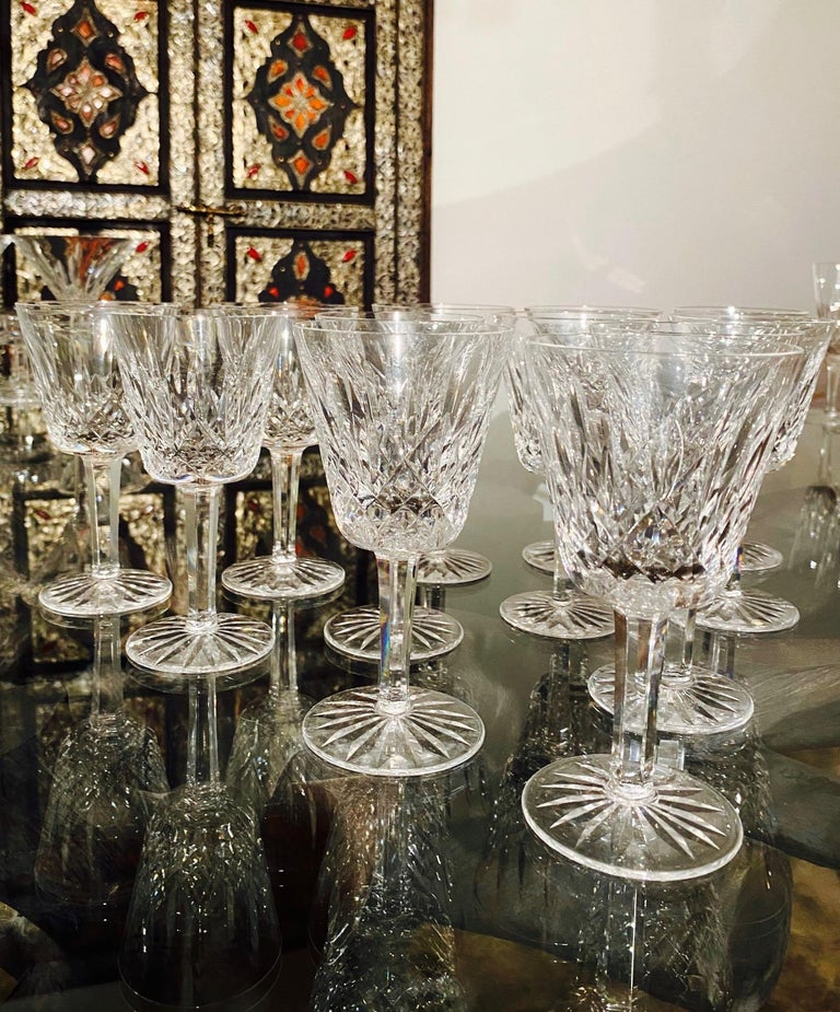 Set of 12 Vintage Waterford Crystal Lismore Wine Glasses, Germany, circa 1990s In Excellent Condition For Sale In Miami, FL