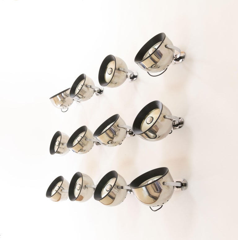 Late 20th Century Set of 12 wall lamps by Gae Aulenti & Livio Castiglioni for Stilnovo, 1970s