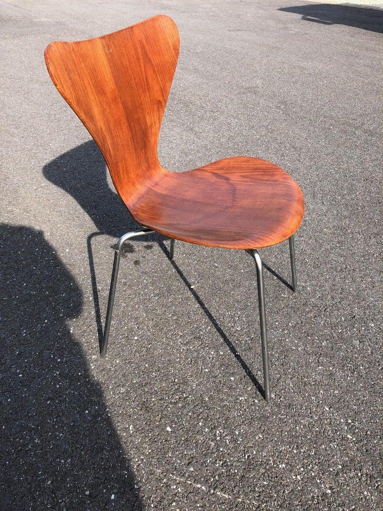 Scandinavian Set of 13 Teak Chairs Design Arne Jacobsen For Sale