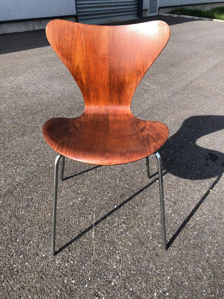 20th Century Set of 13 Teak Chairs Design Arne Jacobsen For Sale