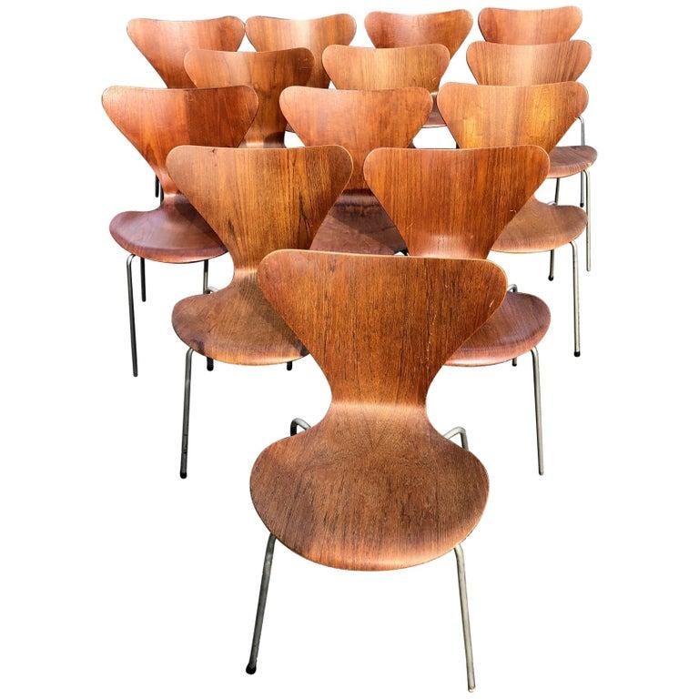 Set of 13 Teak Chairs Design Arne Jacobsen For Sale
