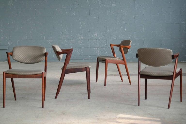 Set of 14 Kai Kristiansen Model 42 Rosewood Dining Chairs for Schou Andersen In Good Condition In Bridgeport, CT