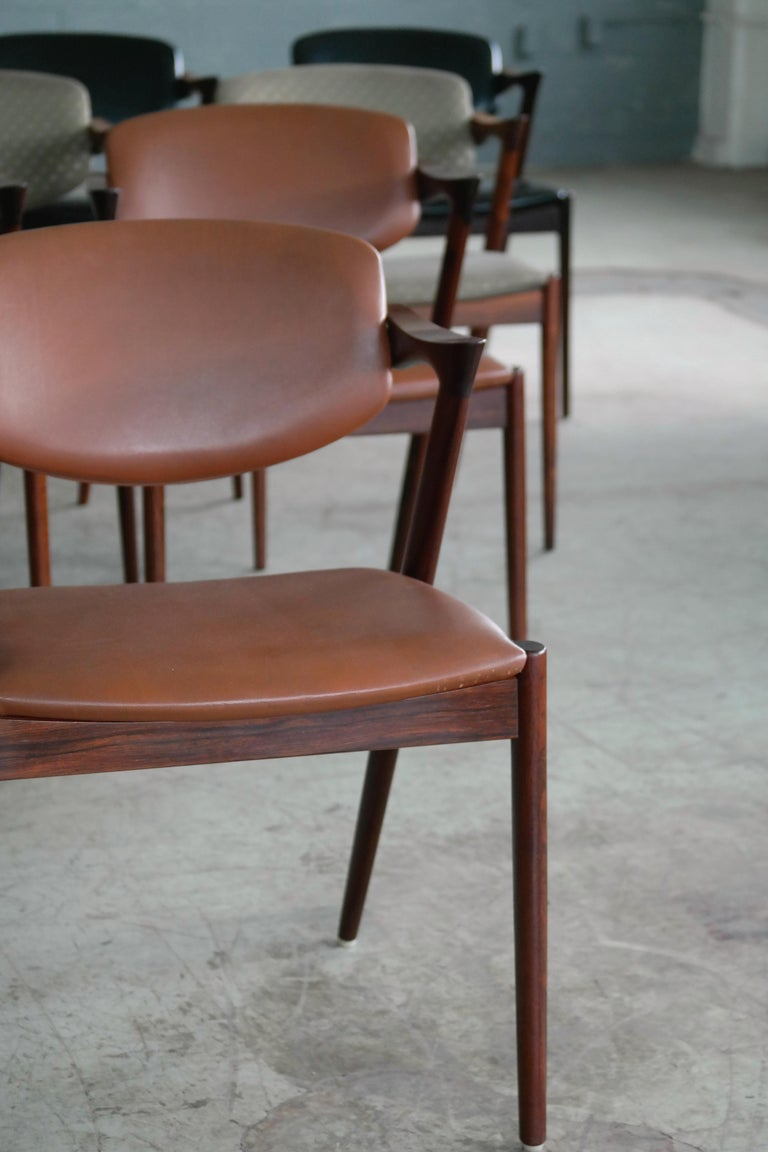 Mid-20th Century Set of 14 Kai Kristiansen Model 42 Rosewood Dining Chairs for Schou Andersen
