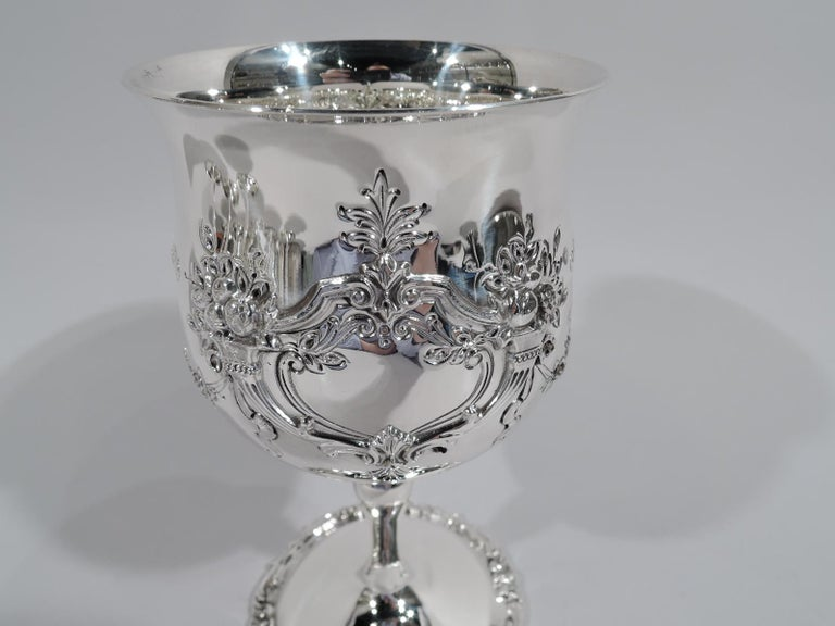20th Century Set of 16 Reed & Barton Sterling Silver Goblets in Francis I Pattern For Sale