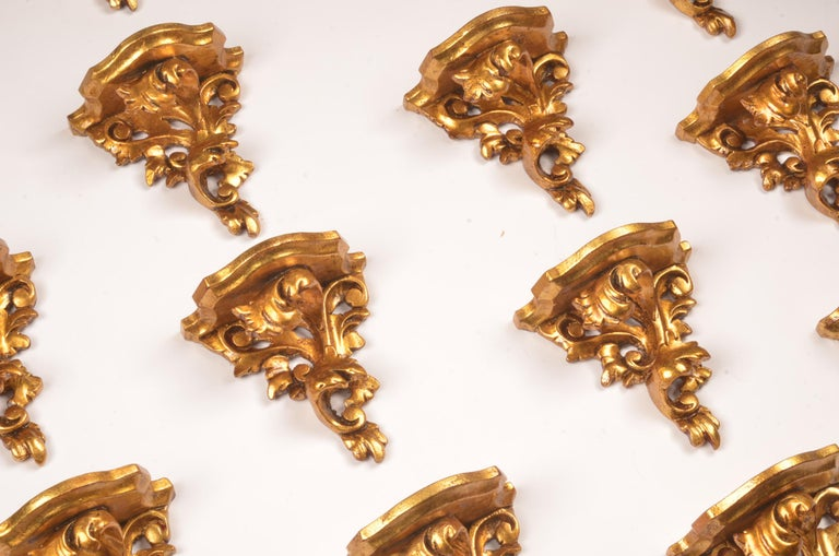 In very good condition and from a castle, set of 18 hand carved giltwood wall brackets in French Rococo style.