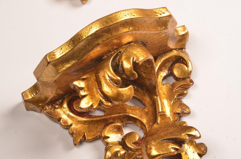 Set of 18 Hand Carved Giltwood Wall Brackets in French Rococo Style In Good Condition For Sale In Ulestraten, Limburg