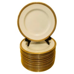 Set of 19 Copeland Spode Dinner Plates With Gold Borders and White Jeweling