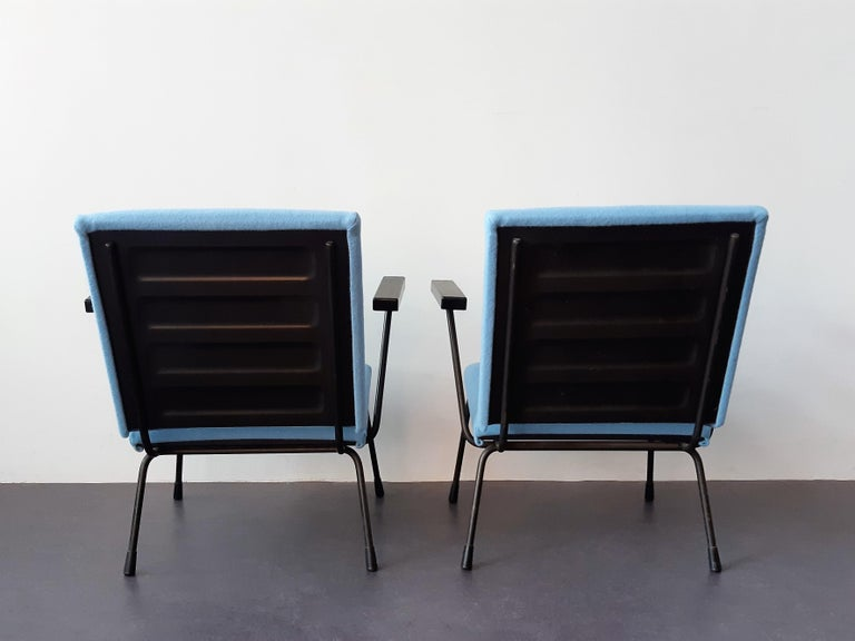 Mid-Century Modern Set of 2 '415' Lounge Chairs by Wim Rietveld for Gispen, The Netherlands 1950's For Sale