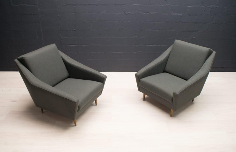 Set of 2 Armchairs in Wood and Fabric by Eddie Harlis for Hans Kaufeld, 1960s For Sale 4