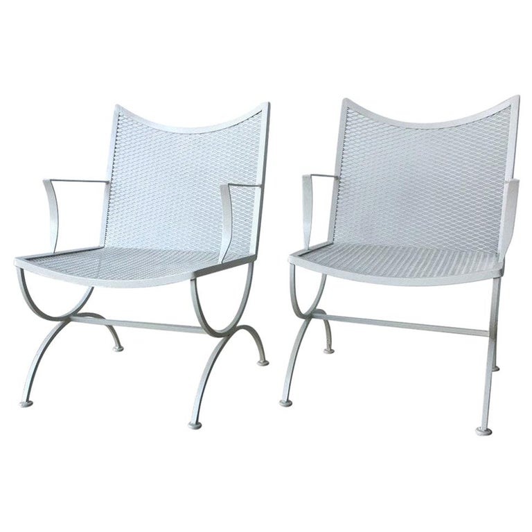 Set of 2 Bob Anderson Refinished Wrought Iron Patio Armchairs in Almond White For Sale