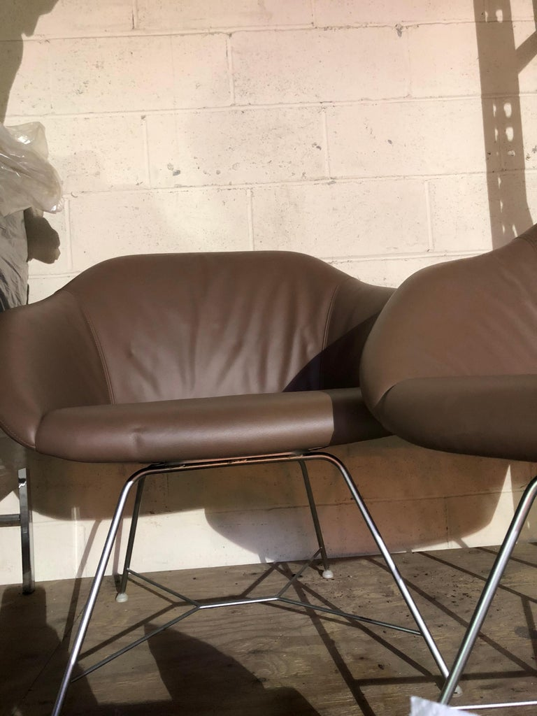Modern Set of two Walter Knoll Leather Turtle Lounge Chairs For Sale
