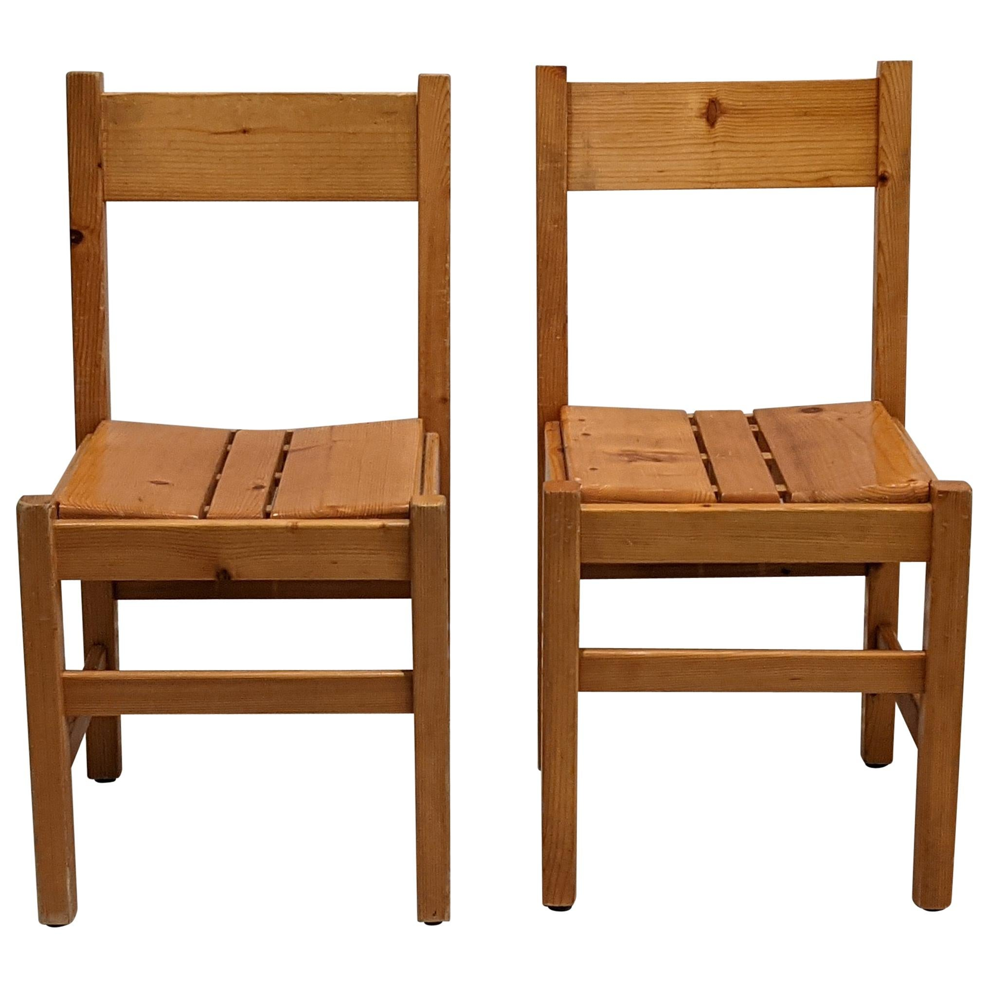Set of 2 Chairs by Charlotte Perriand for Les Arcs