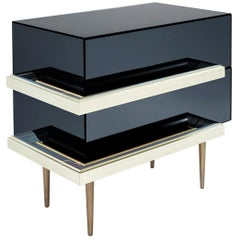 Set of 2 Contemporary Mirrored Nightstands with Champagne Moldings Handles