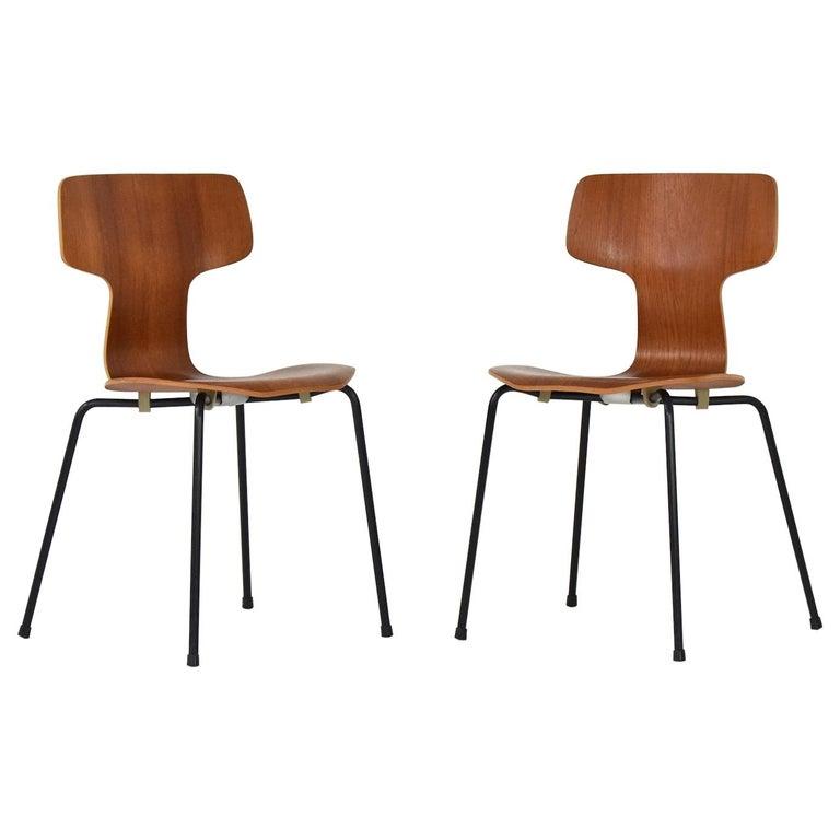 Set of 2 Early 'Hammer' Chairs by Arne Jacobsen for Fritz Hansen, Denmark 1960's For Sale