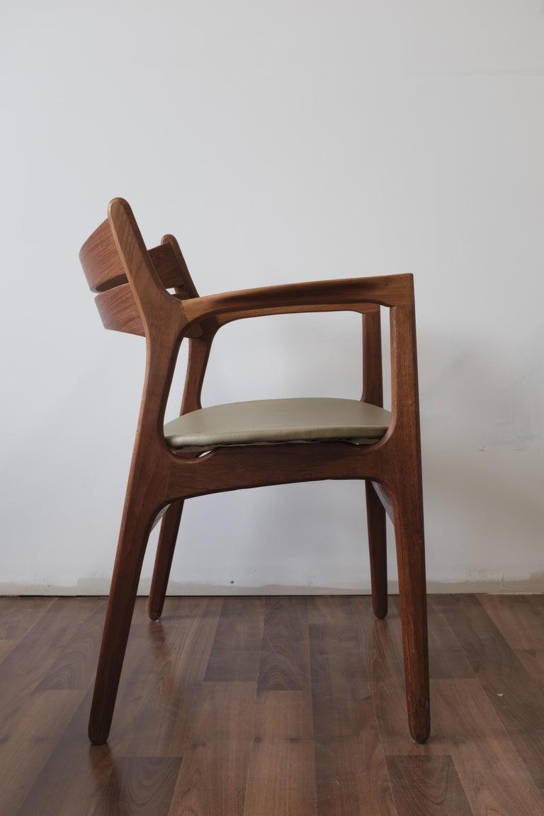 Scandinavian Modern Set of 2 Erik Buch Teak Armchairs For Sale