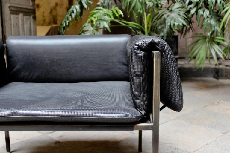 Set of 2 Flow Blackened Steel and Leather Armchair by ATRA For Sale 1