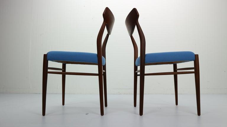 Set of 2 Harry Østergaard Teak Chairs, Denmark, 1960s For Sale 3
