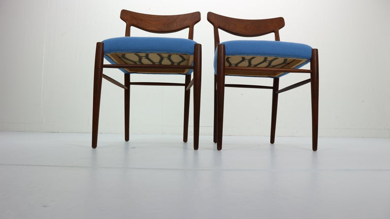 Set of 2 Harry Østergaard Teak Chairs, Denmark, 1960s In Good Condition For Sale In The Hague, NL