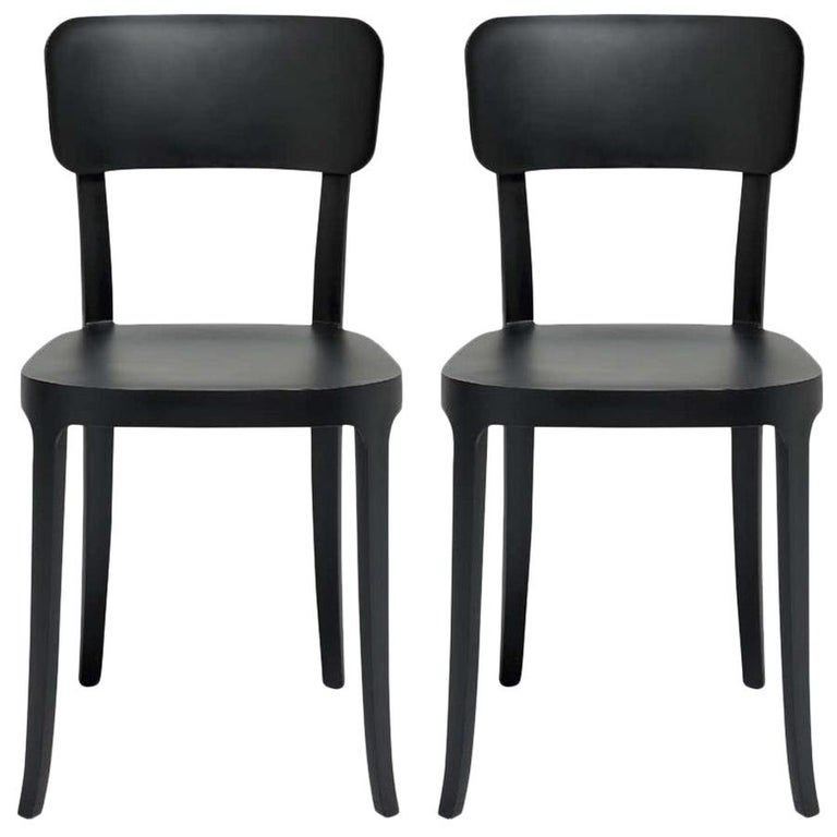 In Stock in Los Angeles, Set of 2 K Black Dining Chairs, Made in Italy For Sale