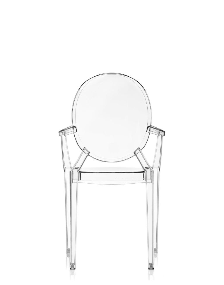 Italian Set of 2 Kartell Louis Ghost Armchairs in Crystal by Philippe Starck For Sale