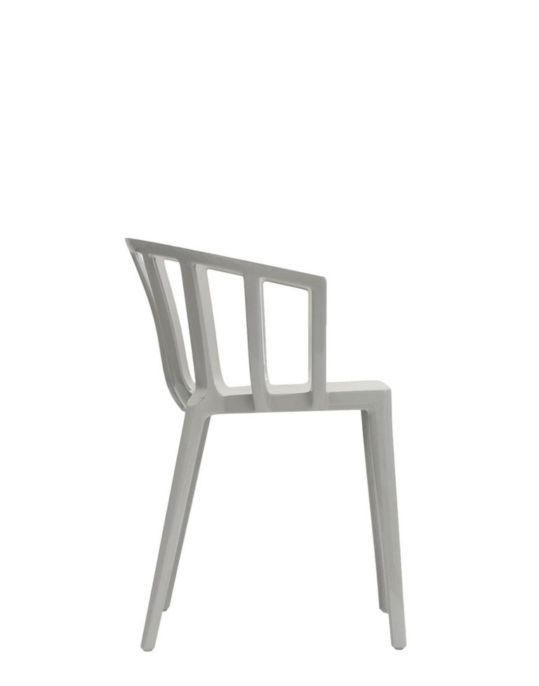 Modern Set of 2 Kartell Venice Chairs in Grey by Philippe Starck For Sale