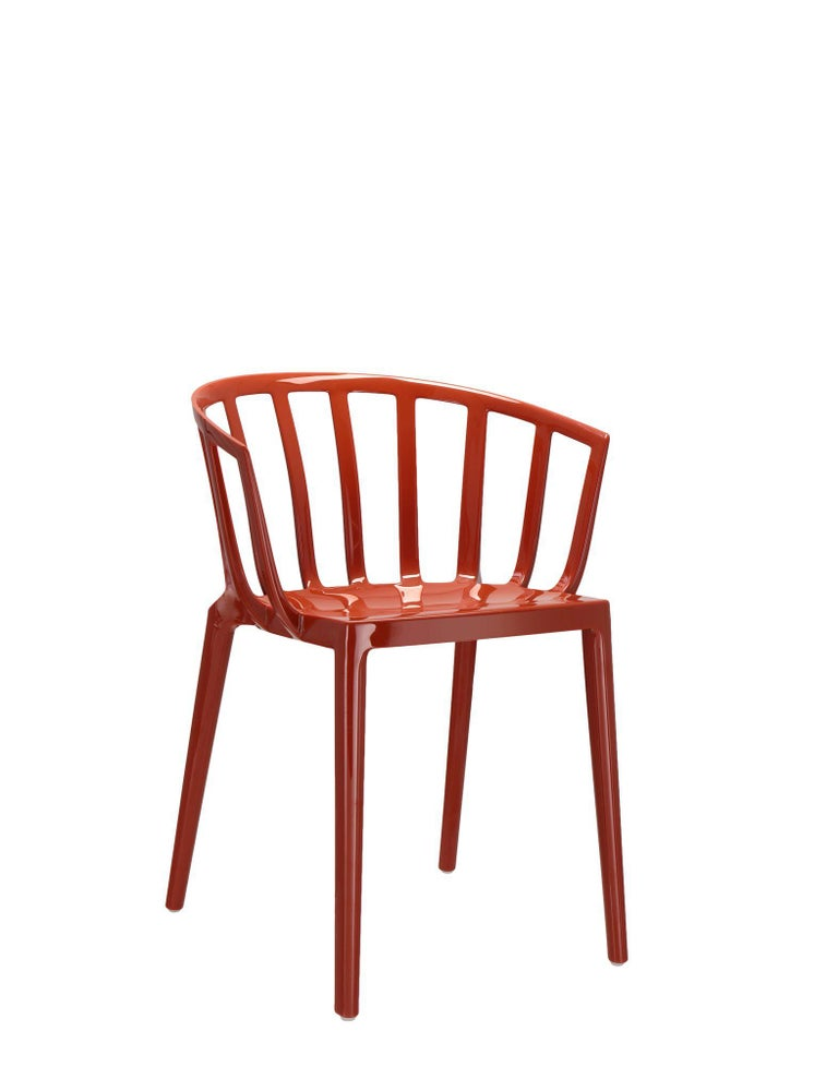 Set of 2 Kartell Venice Chairs in Rust Orange by Philippe Starck In New Condition For Sale In New York, NY