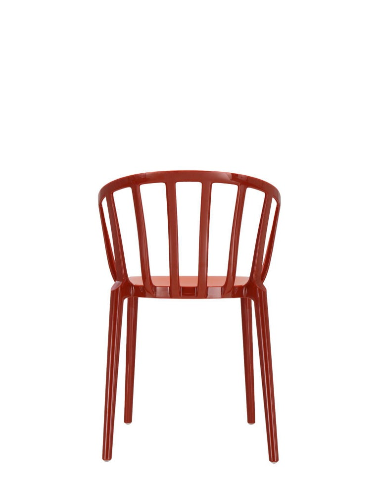 Contemporary Set of 2 Kartell Venice Chairs in Rust Orange by Philippe Starck For Sale